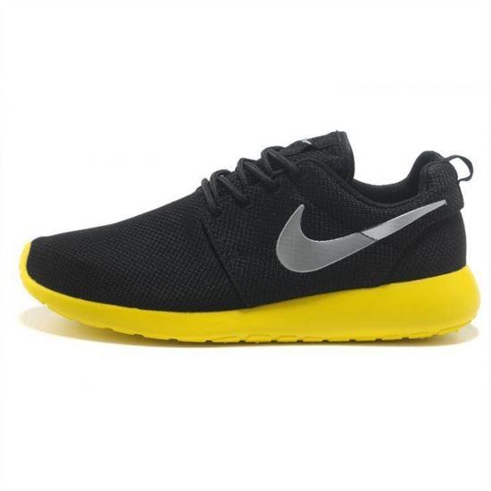 san francisco 0d5cc 39b2c Womens Nike Roshe Run Shoes Black Yellow