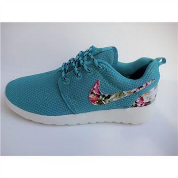 purchase cheap 6e486 30e0c Womens Nike Roshe Run Liberty Floral Running Shoes Blue