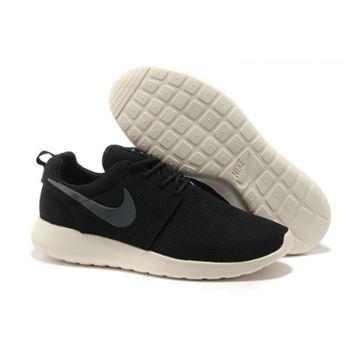 sale retailer 1db8f 032e2 Womens Nike Roshe Run Shoes Black Gray